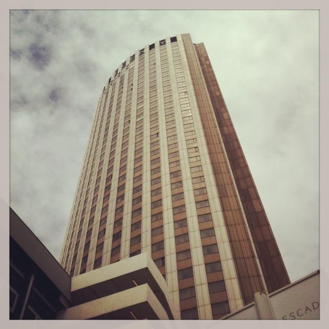 Le brunch f te des m res de l 39 h tel hyatt regency paris for Super hotel paris