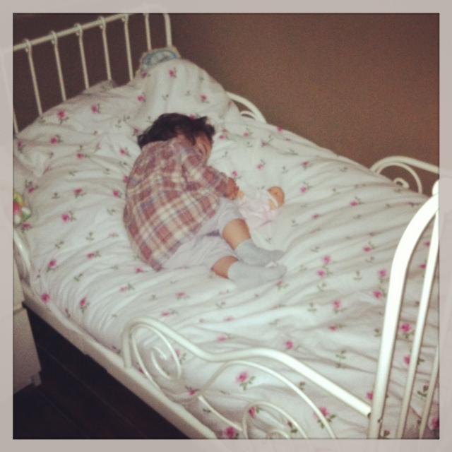 olympe dans le lit d'isadora