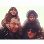 selfie de famille à la mer