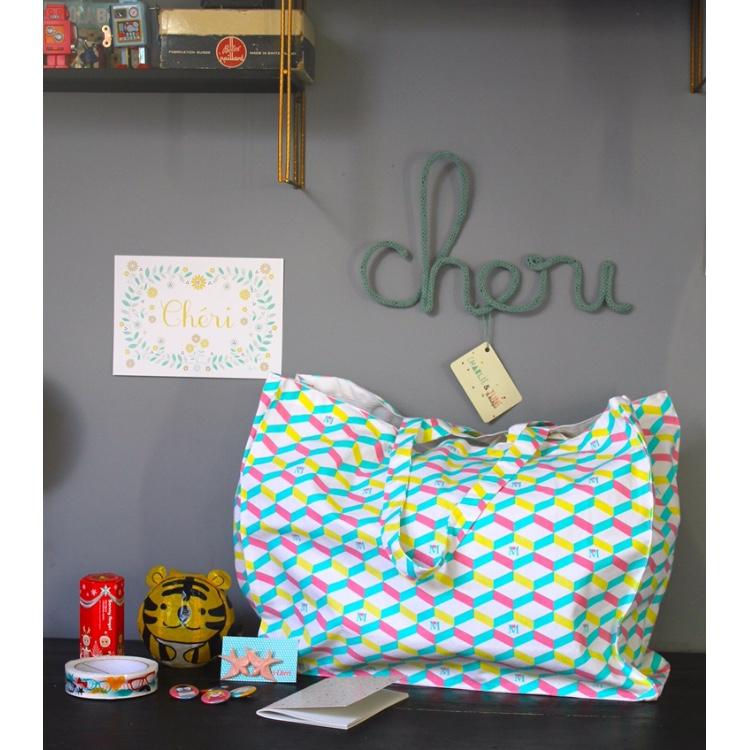 une hotte ch rie la reine de l 39 iode. Black Bedroom Furniture Sets. Home Design Ideas