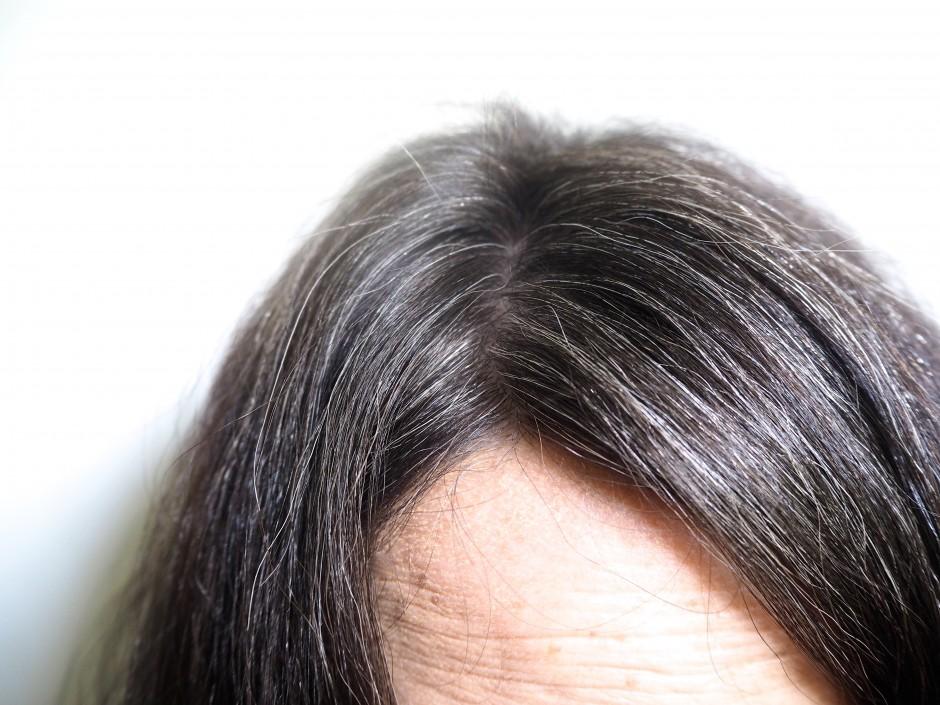 Coloration cheveux noir cerise